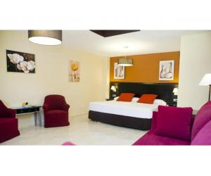Hotel for sale Fuengirola, Costa del Sol, Spain Ref BEH1027