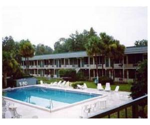 Two Florida Motels